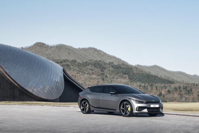 기아, 'The Kia EV6' 세계 최초 공개