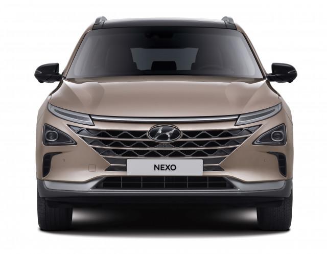 현대자동차, 안전·편의 사양 더하고 가격 낮춘 '2021 넥쏘' 출시