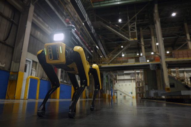 현대자동차그룹, 보스턴 다이내믹스와 첫 번째 프로젝트 '공장 안전 서비스 로봇' 공개